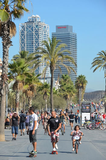 photo of Barceloneta promenade