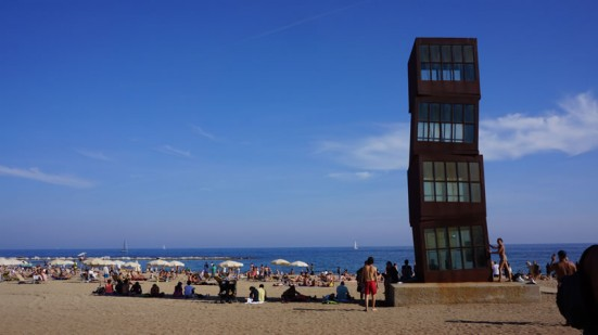 photo of the beach at Barceloneta