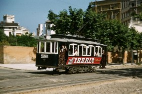 1956 photo of a tram in Barcelona