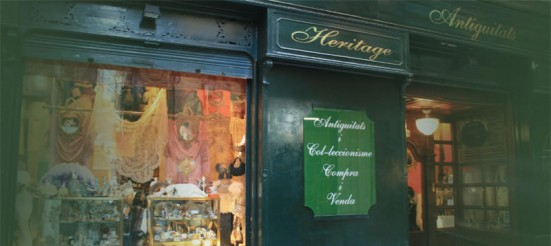 photo outside the Heritage vintage shop