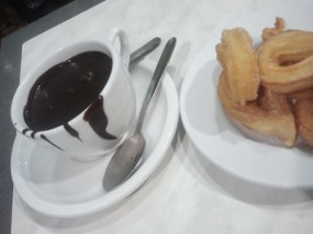 Churros and chocolate at Granja La Pallaresa