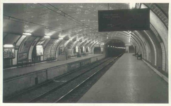 photo of the closed Ferran station