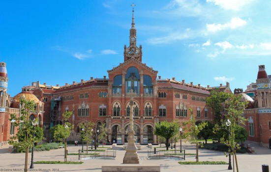 photo outside Hospital de Sant Pau